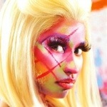 Even Nikki Minaj likes a bit of Facepaint!