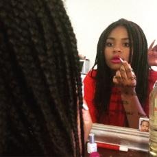 Diva Glitter Lips Application